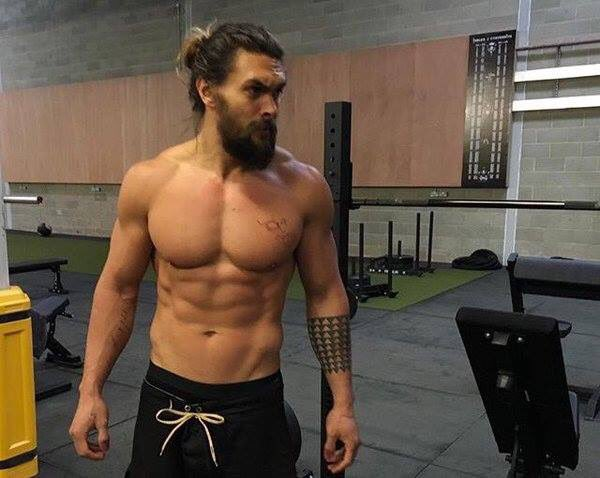 You know makes my Monday better? Jason Momoa in workout mode. #mcm https://t.co/kwKiSlpeT5