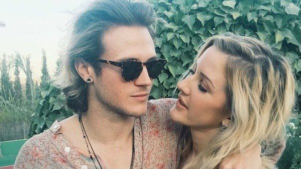 Dougie Poynter says sweet things about ex-girlfriend Ellie Goulding after Coachella meet
