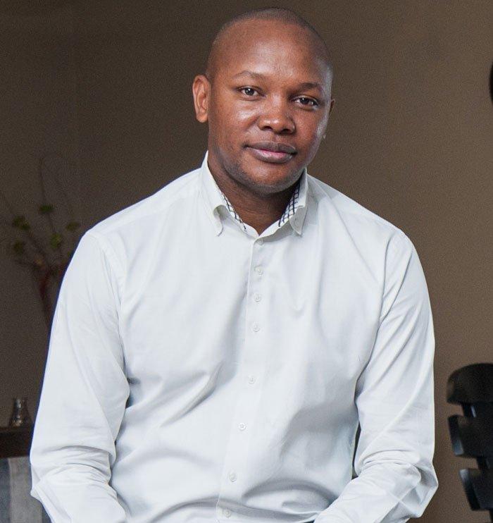 #PleaseCallMe inventor Nkosana Makate wins case against Vodacom. https://t.co/vjghkRNoLe https://t.co/wZtNAIF1jO