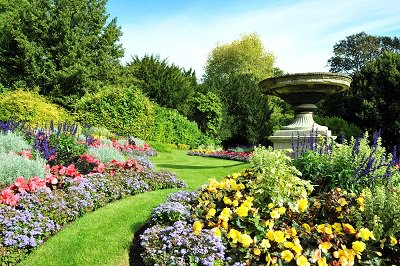 Tomorrow is National Open Gardens day as part of @The_RHS #NationalGardeningWeek - visit https://t.co/8gnBsWhpjA https://t.co/smbCFCRVuh