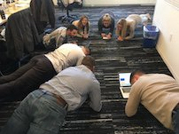 Standing meetings taking to long? Try planking meetings. Guaranteed to reduce rambling. Just how we do @Localytics. https://t.co/McamZYHIVi