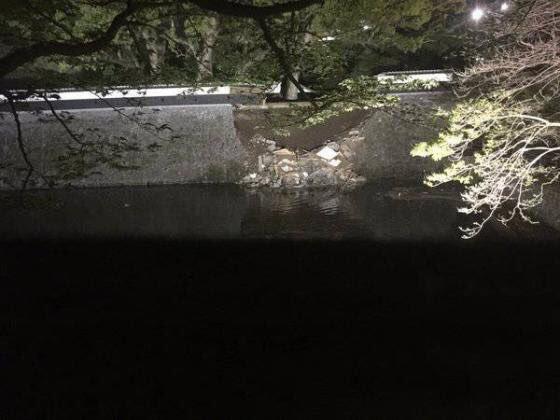 แผ่นดินไหวคุมะโมโตะ: มีรายงานกำแพงปราสาทคุมาโมโตะจุดหนึ่งพังทลาย https://t.co/sAyHGHzDsP