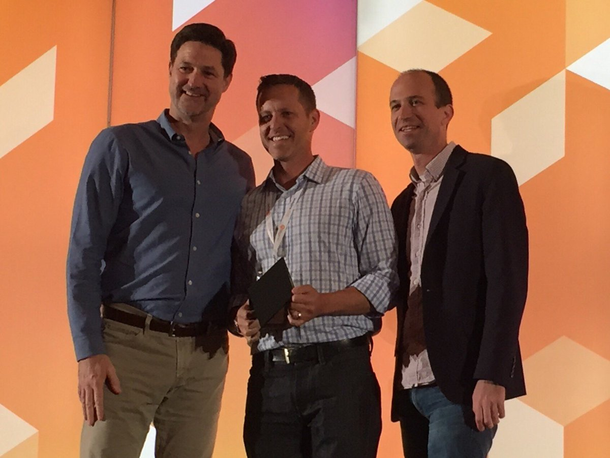 TaxJar: Great shot of our @socialryan receiving Shooting Star partner award from @mklave1 & @mtlenhard at #MagentoImagine https://t.co/hBJaenhPGz