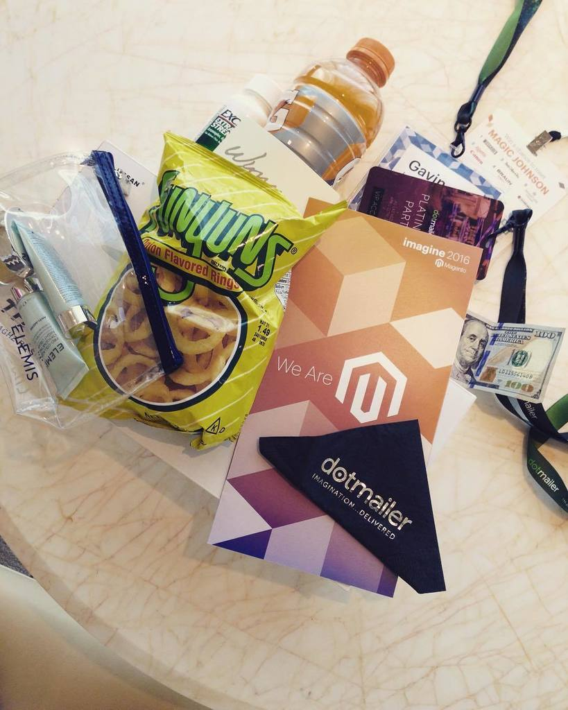 ooopsididit: #nevada #lasvegas #vegas #casino Kinda sums up my week so far. This #magentoimagine has been eventful to say the le… https://t.co/y3Te4M6dZJ