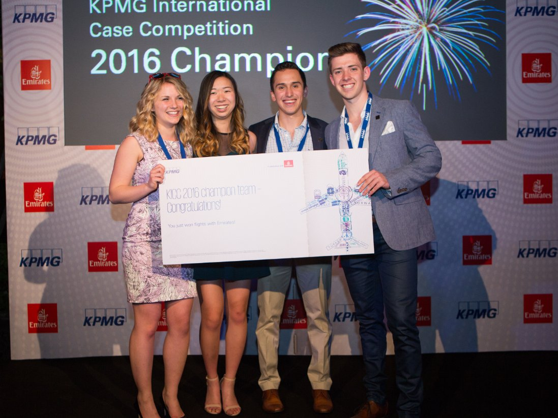 We are proud to announce that Team Canada has won the 2016 KPMG International Case Competition! #KICC @KPMGCareersCA https://t.co/4JMK0gr3pW