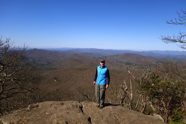 Clear blue skies for days. Could actually see Atlanta from the top of blood mountain. #appalachiantrail #backpacking https://t.co/TQRFUfO6vw