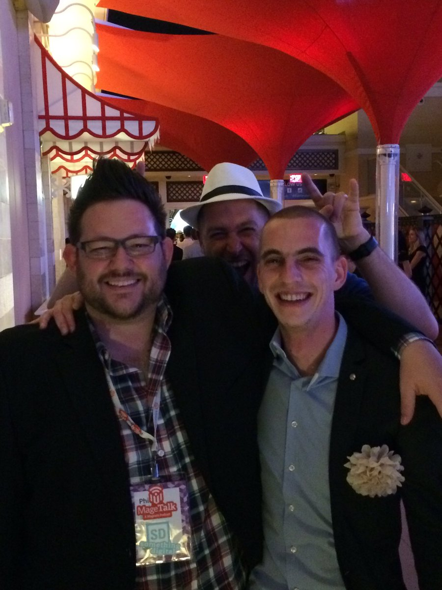 Hotlander: Was truely awesome meeting the creators behind @MageTalk at #MagentoImagine! https://t.co/C0BiFRhhiL