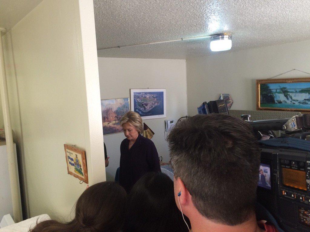 Good morning from East Harlem. @HillaryClinton touring NYCHA senior bldg w @MMViverito   More @NY1 https://t.co/neYOAuyyyt