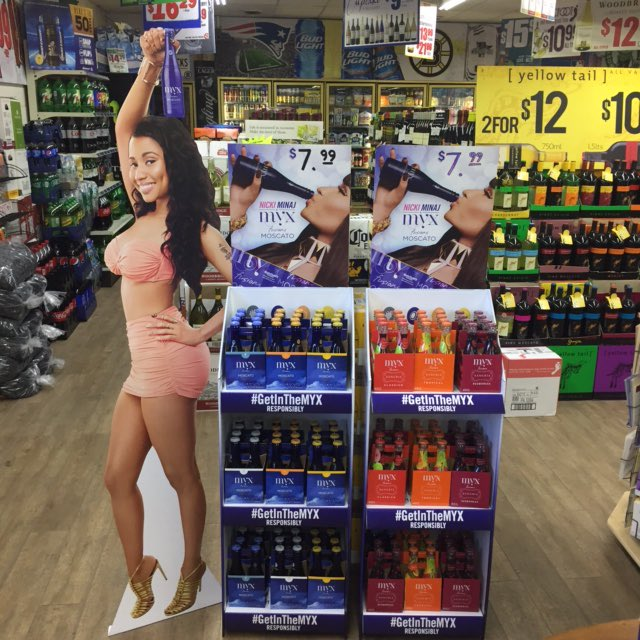 RT @MYXFusions: Pembroke MA! Stock up on MYX for the weekend at Lindy's > 314 Mattakeesett St; Pembroke, MA. #Moscato #Sangria https://t.co…