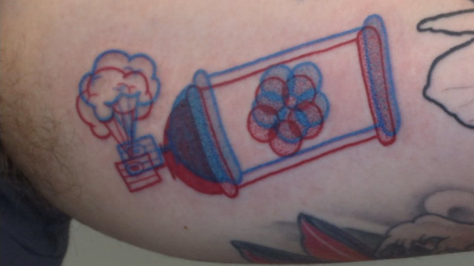 Portland: An optical illusion! Portland tattoo artist is getting ...