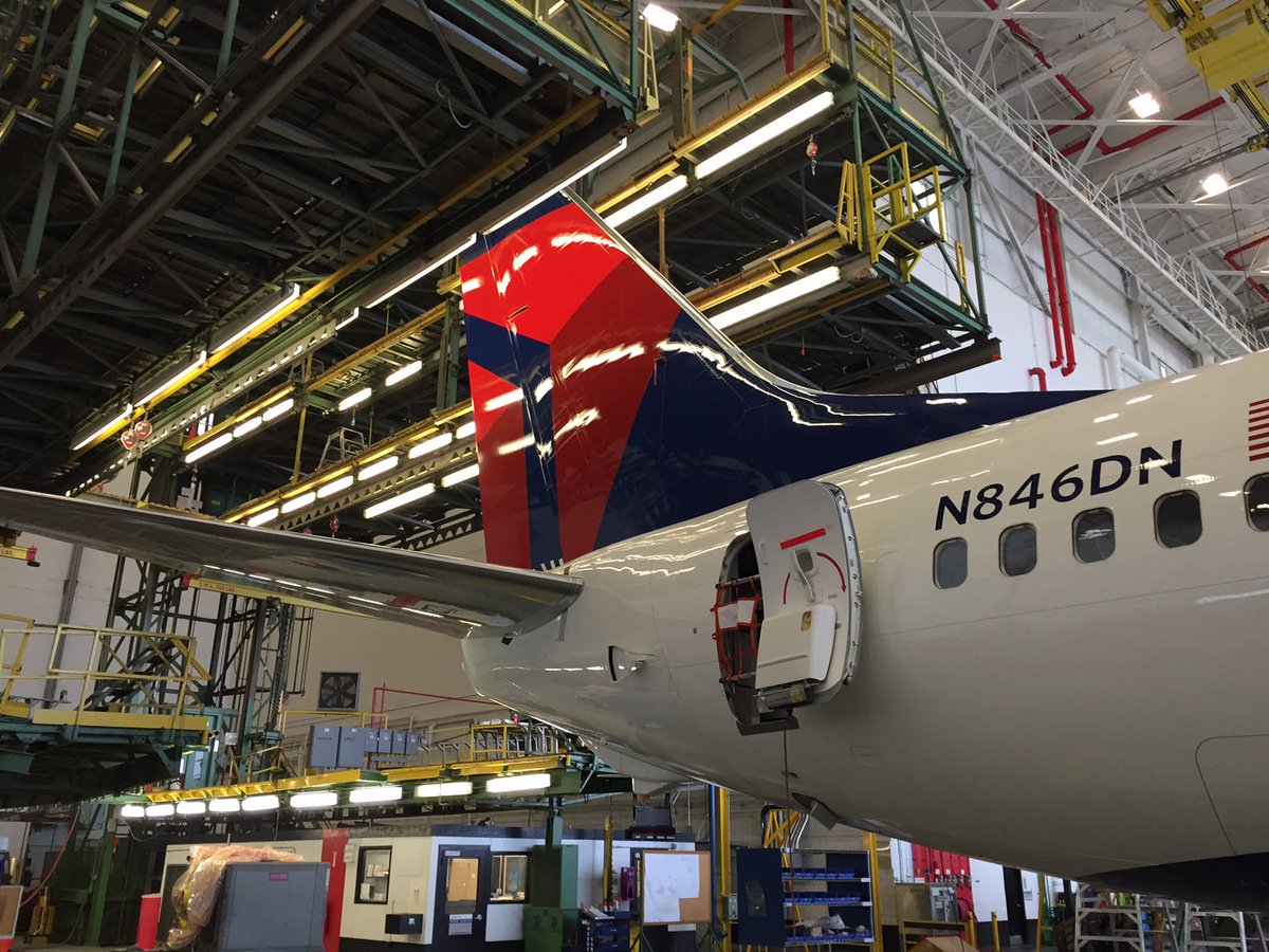 .@DeltaTechOps MRO gets three-peat in @OneAero's 'Top Shop' honors. @DeltaNewsHub