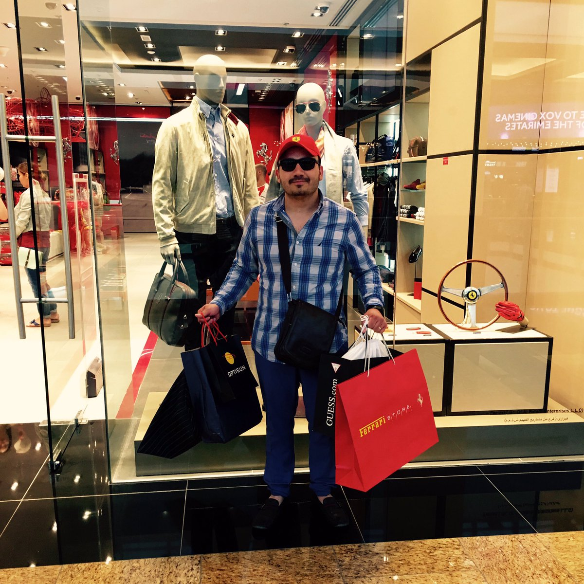 """I'm in an ambitious mood. Don't bother me with reality!"""" #Shopping #EmiratesMall https://t.co/1FyRHVHFMF"""
