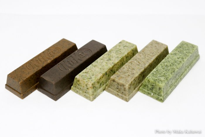 There are more than just green tea flavored KitKats in Japan! See what you're missing https://t.co/lE7BwOhIeq https://t.co/y2AhQHrsqg