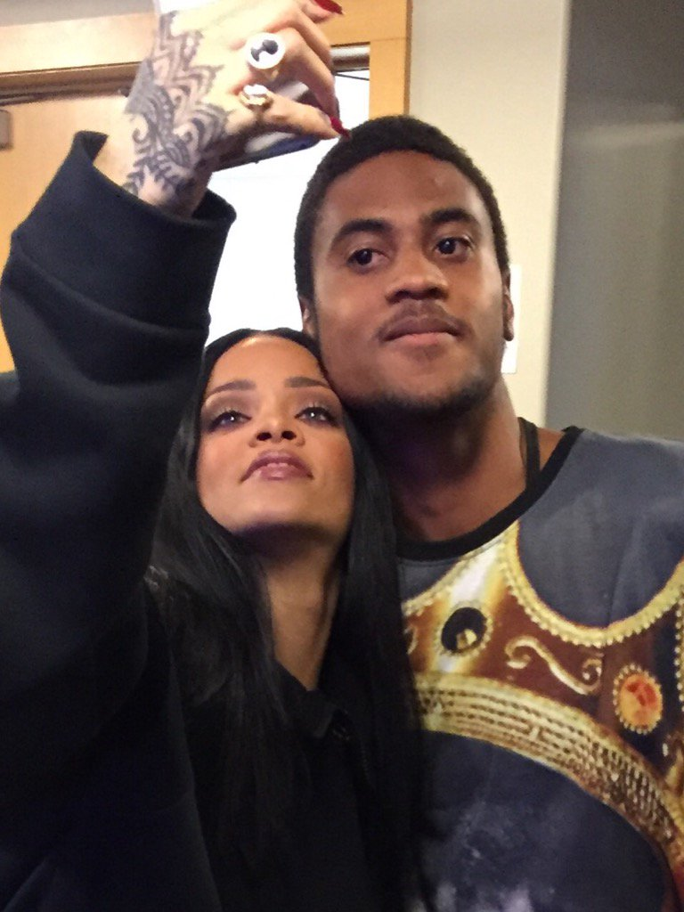 Thank you @rihanna for saying hello and hanging after your show with my boy @Rjackson1017 #ANTIWorldTour #RocNation https://t.co/sIio8kekXE