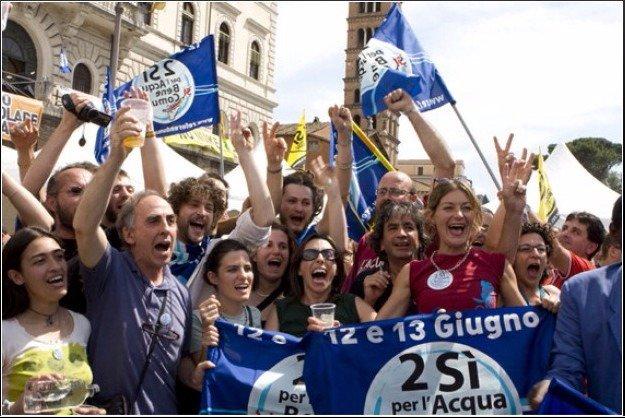 Nel 2011 abbiamo battuto le lobbies dell'#acqua. Oggi #VotaSi contro quelle del petrolio.  #BattiQuorum https://t.co/72cxMFmgCa