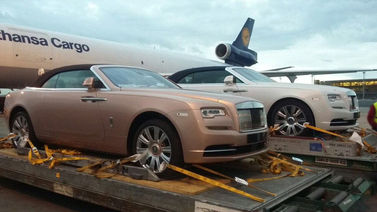 New arrivals at JKIA. Someone is putting our eurobond money to good use, in his/her own favour!! https://t.co/bFMmoiJzyC
