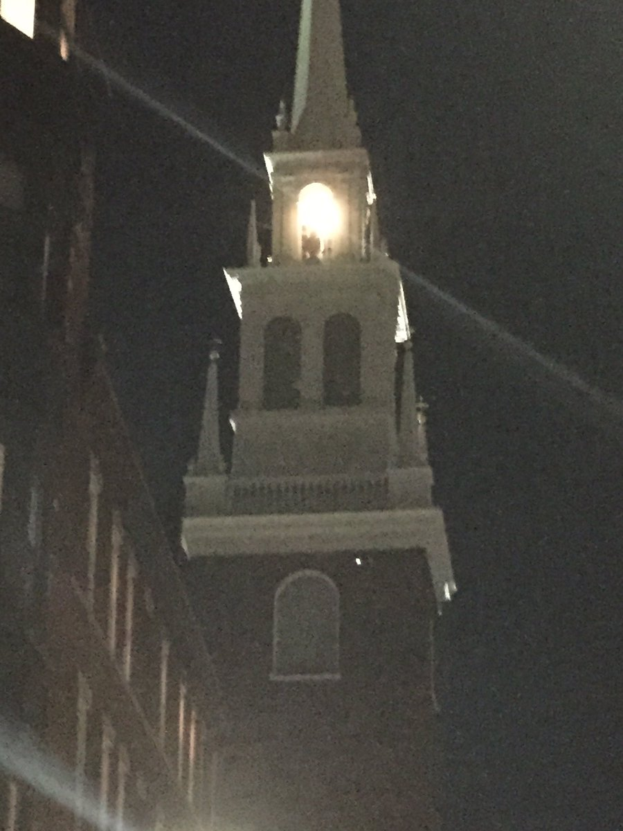 2 lanterns lit in Old North Church tonite-honoring the brave souls who took on the British military 241 years ago. https://t.co/1uVmmAyMfU