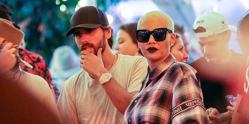 Scott Disick and Amber Rose met up at VIP bar in