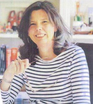Hertfordshire children's author Helen Bailey has been missing for a week. Have you seen her? https://t.co/i1FQFG37Zj https://t.co/4nPLM4T6eX