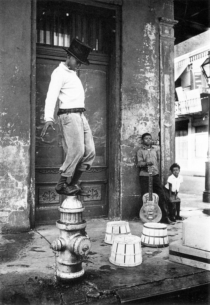 William Claxton, Parade, New Orleans 1950's https://t.co/U5K3hPCtjx