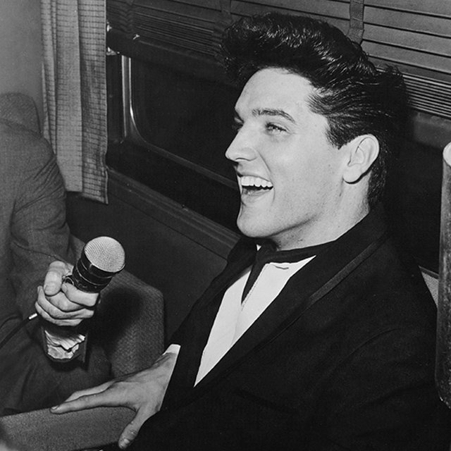 """""""You can have everything but if you're not happy, what have you got?"""" #Elvis https://t.co/4TBvUq6d5Y"""