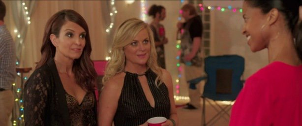 Sisters film preview: Tina Fey and Amy Poehler host a 80s house party!