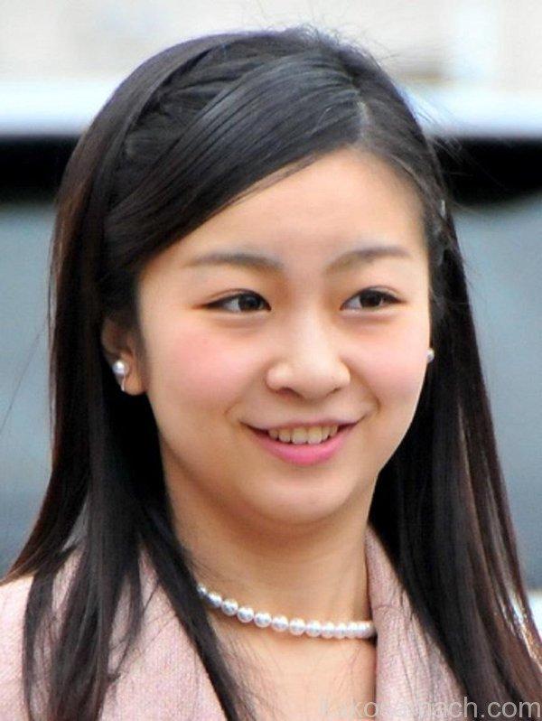 佳子さま 前髪