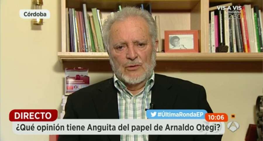 """Anguita lanza un mensaje a Garzón e Iglesias: """"Tenéis que poneros de acuerdo""""▶️ https://t.co/hDKogHfS18 https://t.co/3lOnrcbYJN"""