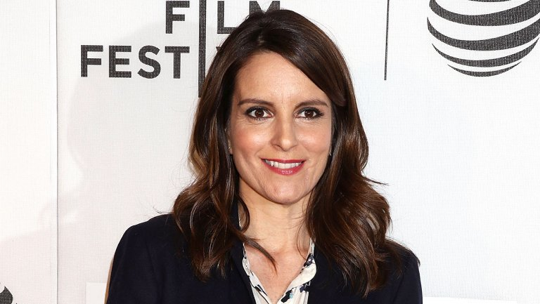 Tina Fey changed her Emmy voting status to support @MsSarahPaulson in