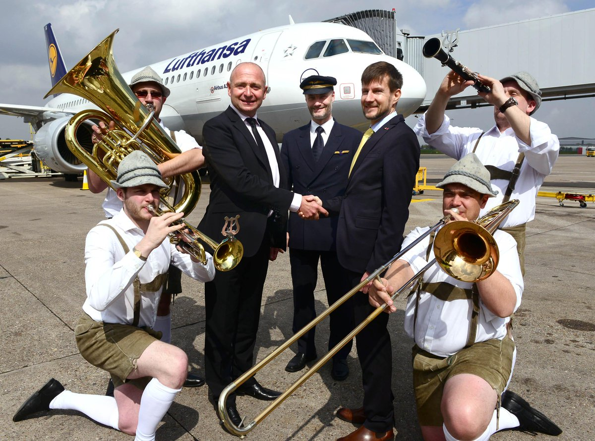 Congratulations to @lufthansa on their 30year anniversary at