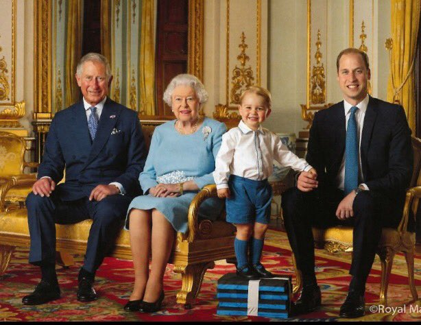 We love this! 4 generations in one pic! #Queenat90 Send us your multi generational pics! @GlobalBC Facebook page! https://t.co/zpOMGTlWza