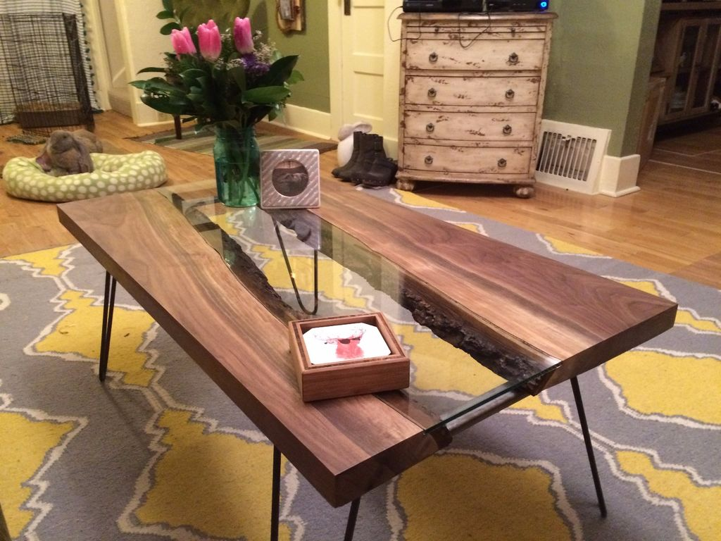 Build your own live edge river slab table from @instructables https://t.co/vhdgL3MTHt https://t.co/O2Jb3rT81p
