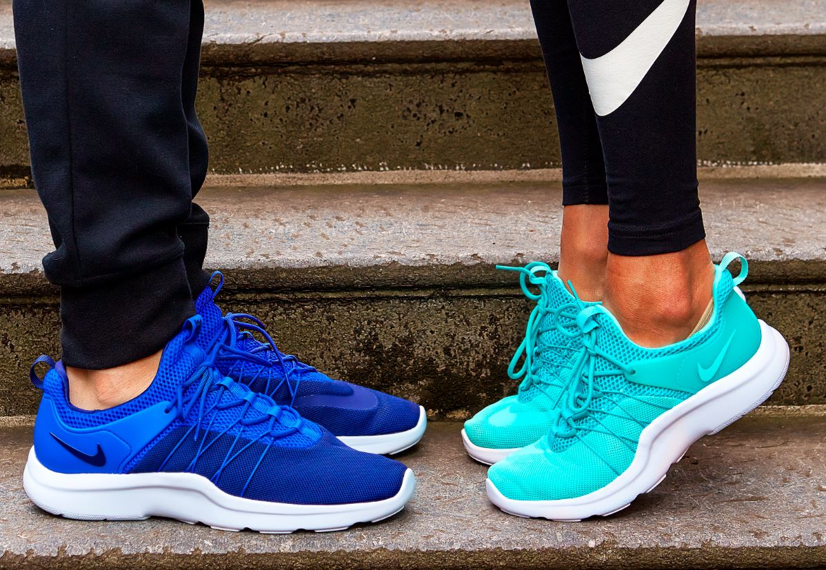 Track born, street worn. Get the running inspired Nike Darwins, instore/online now https://t.co/94oo4iPyTL https://t.co/3BjsgxfrJC