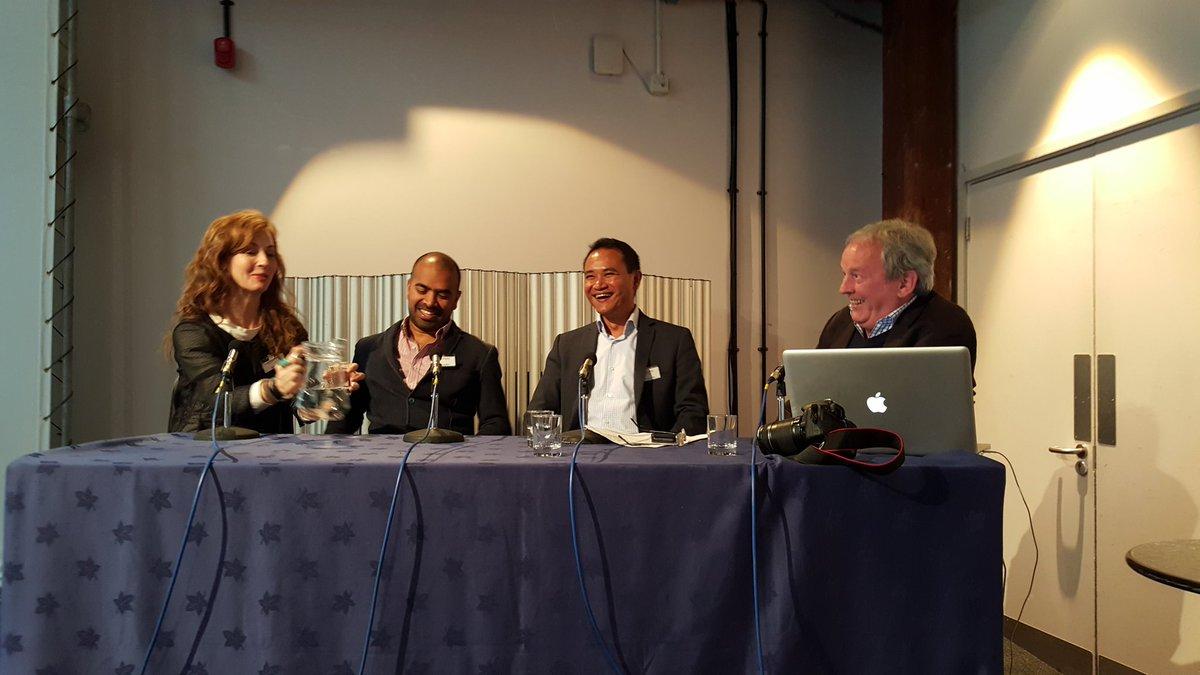 Blogger panel at #STBBristol w/ @jhowze @BudgetTraveller  @velvetescape & @StevenKeenan moderating. Good Craic! https://t.co/lcf7AG7LcZ