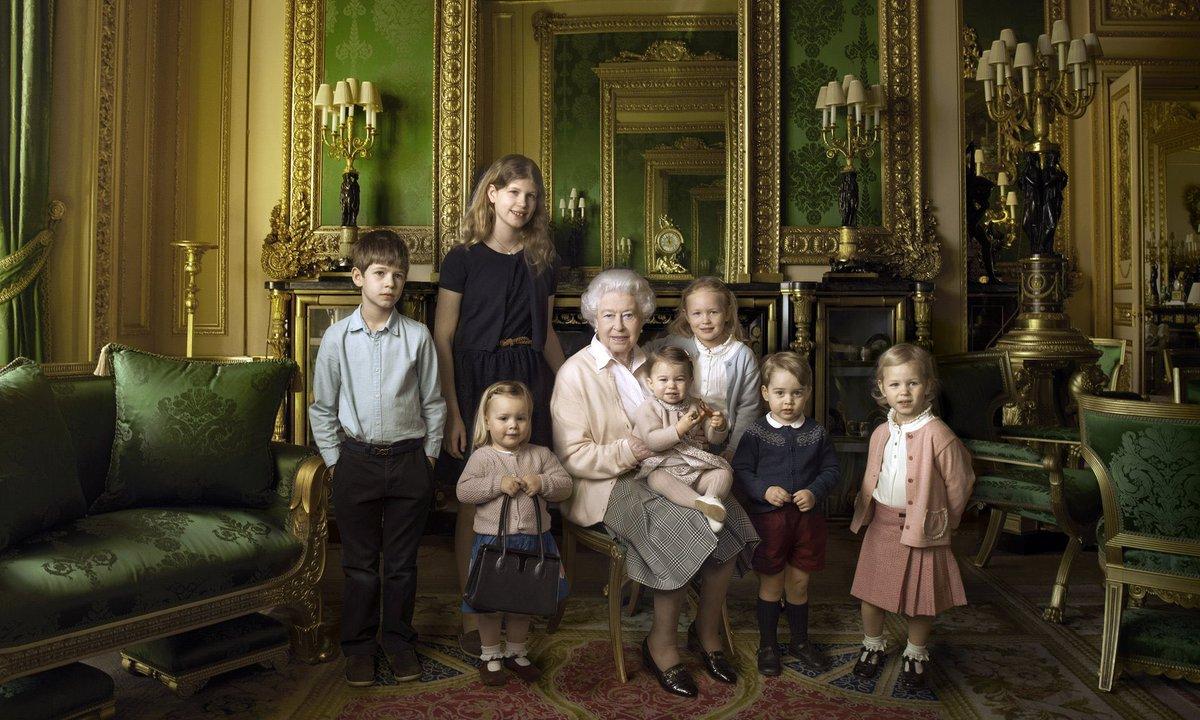 @sashaalexander  our queen future kings and her great grand children @TeamSasha #Queenat90 https://t.co/biH43WwKn3