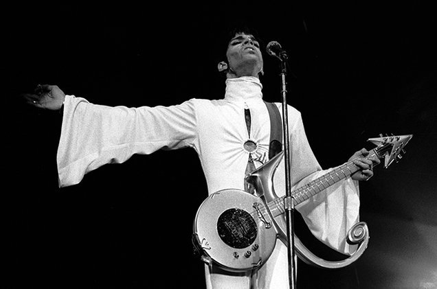 """Dearly beloved We are gathered here today To get through this thing called life."" —Prince https://t.co/rUfPFAlc14 https://t.co/t3CpGXAjwc"