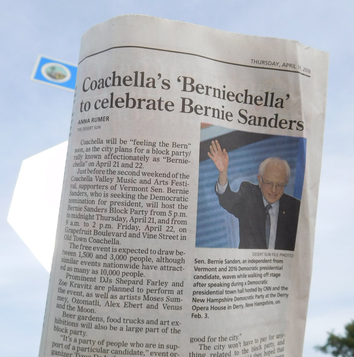 #HappeningNoW Bernie Sanders FREE Music Event here in the city of Coachella! #FeelTheBern #Bernie2016 #BernieChella https://t.co/lSepfDyZIq
