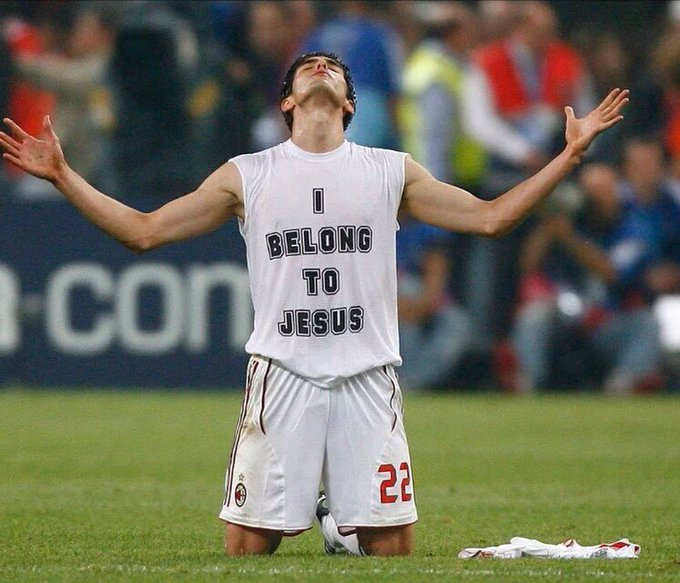 Happy birthday Kaka! When you came back to Milan, I was crazy for you! Hope you will make a difference in the US!