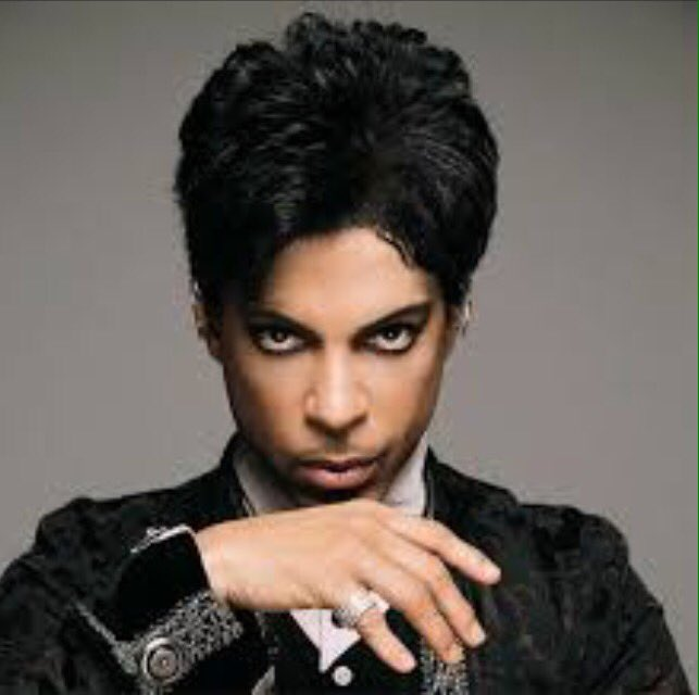 Here's @rte2fm's @prince tribute show from last night #PrinceRIP https://t.co/lCGR5aeReI https://t.co/u2Z1FFP2HG
