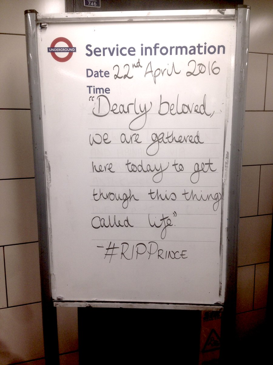 Mile End tube station this morning. https://t.co/7M7aXUvSUv