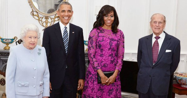 Queen Elizabeth II hosts Barack & Michelle Obama for lunch: