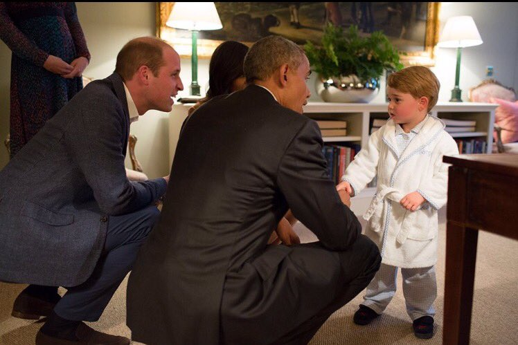 Britain's future King declines to remove his bathrobe during brief audience with the leader of the free world. https://t.co/1SxhKJw4eU