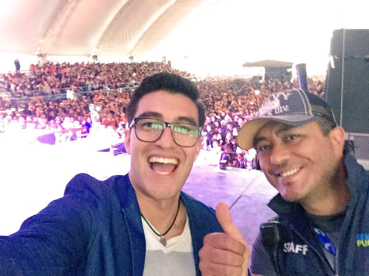 Ya andamos en el #ForoArtístico de @FeriaPuebla Hoy toca presentarla fenómeno musical @CD9 en #Puebla https://t.co/6TErK0USzG