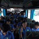 Menuju GOR Bung Tomo. Wish Our Luck ! #AWAYDAY #VAMOSDAY https://t.co/y8eZLkBtXH