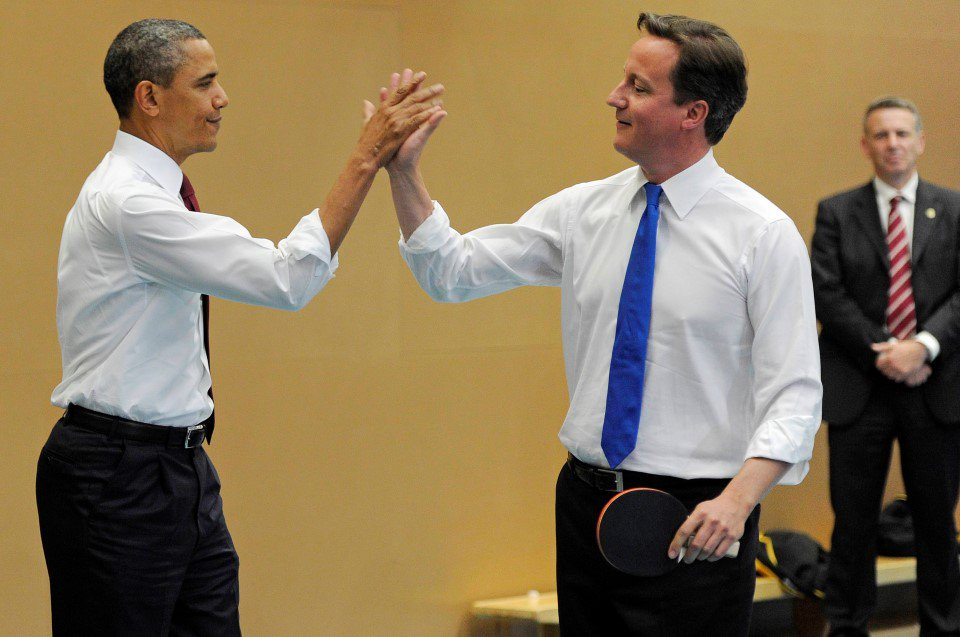 High five boys- that's sure to have put the willies up the little people! #brexit #ObamaInUK Please RT if you agree! https://t.co/2KMEx8Qrd0