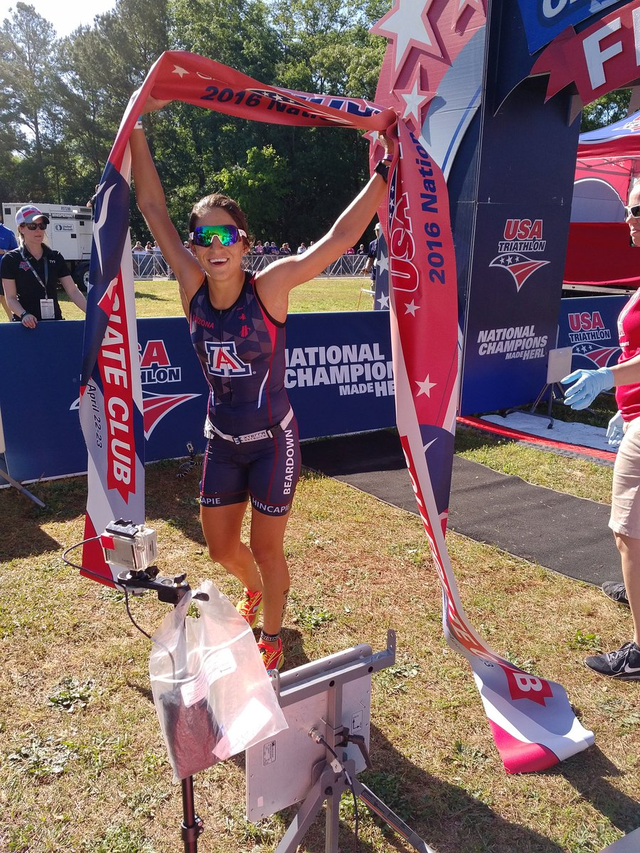 Erica Clevenger is the USAT Collegiate National Championship! Laura Haley in 6th.  #USATCN https://t.co/TxzHsz0Kxg