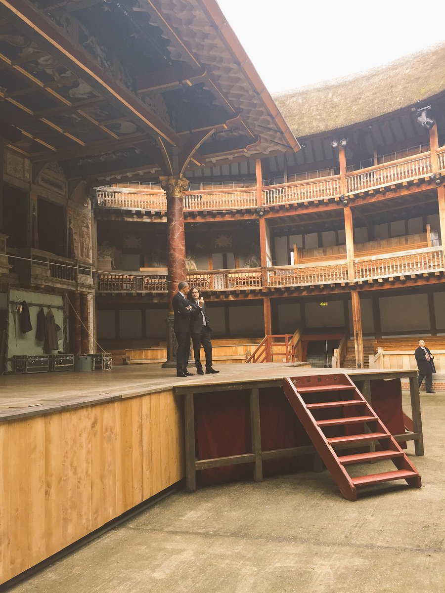 All the world's a stage. POTUS visited the Globe Theatre this am for a special tour & performance. #Shakespeare400 https://t.co/3dC5vf2OwG