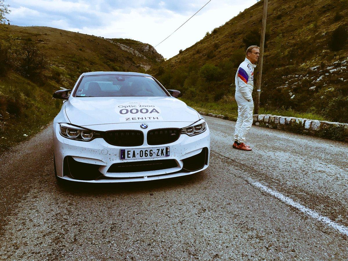 Ari Vatanen et sa @BMWFrance M4 Tour Auto toute à l'heure dans le col de Vence. Un chic type, accessible et sympa. https://t.co/M7BhWT9Azc