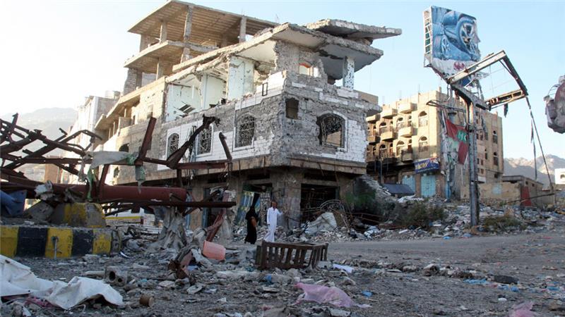 Dozens of fighters loyal to al-Qaeda die in Yemen clashes amid 'constructive' peace talks