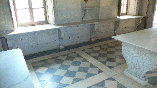 """マリー・アントワネットが、ヴェルサイユ宮殿の離れで、デイリーメイドの真似事をしたエピソードが、実はあるのです。 #FateGO  """"ヴェルサイユ宮殿と縁がある「デイリーメイド」"""" https://t.co/QE5YhrnUS7 https://t.co/sfIbK1sw1X"""